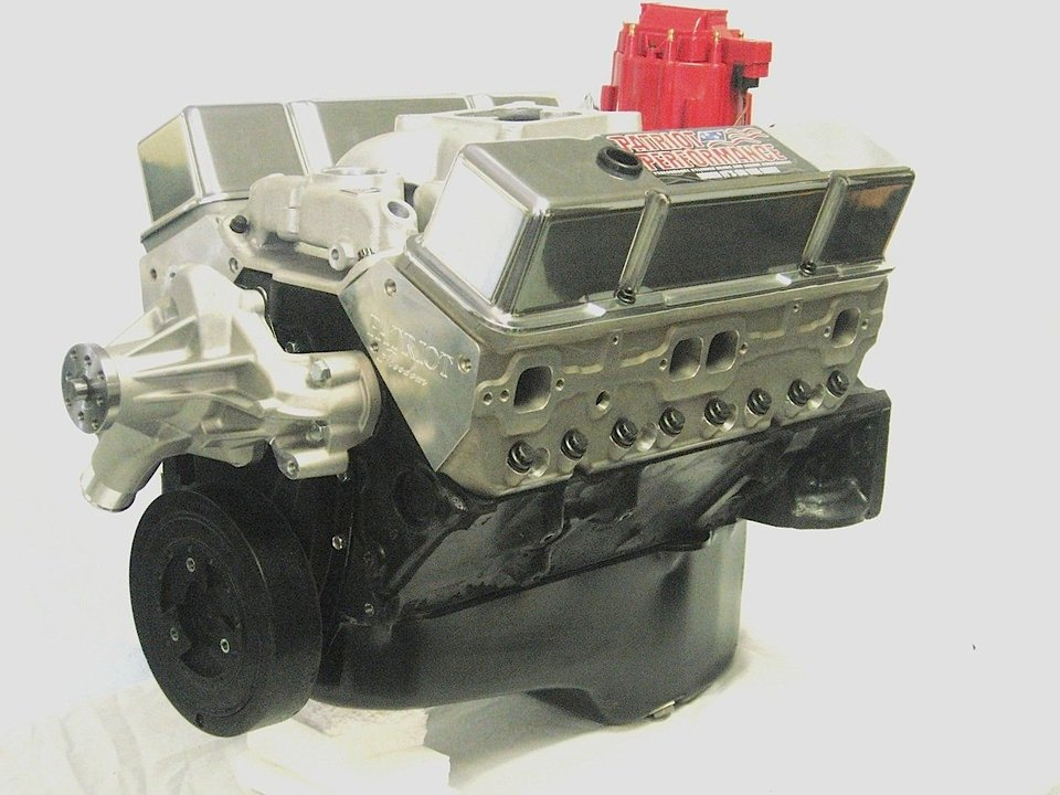 Hot rodding made simple affordable turn key crate engines patriot performance begins thier 383 stroker package with a darts line of shp offerings which are packed with an eagle rotating assembly and kb pistons malvernweather Gallery