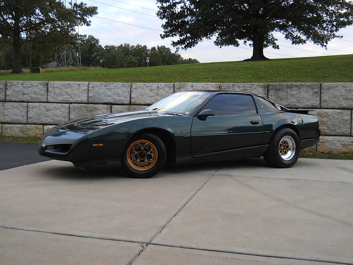 Readers' Rides - LS-Swapped 3rd-Gen F-Bodies Just For You - LSX Magazine