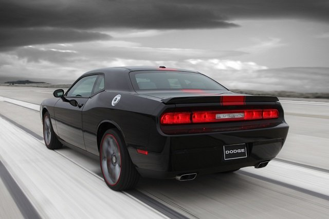 2014 Dodge Challenger Gets Launch Control New Suspension