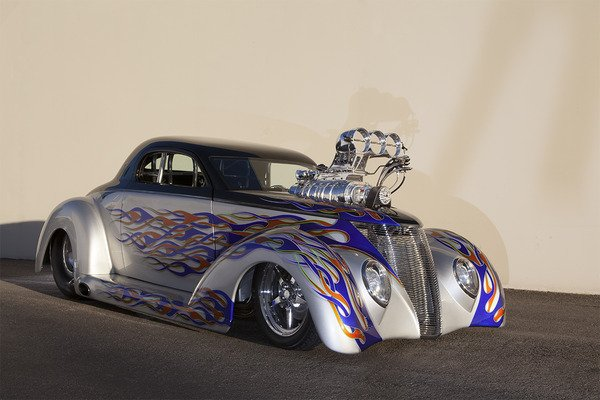 http://cdn.speednik.com/files/2014/02/33425106-449-1937-Ford-Full-Custom-Nothing-but-the-Be.jpg