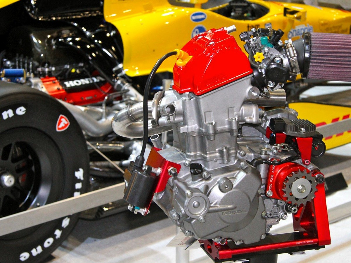 SEMA 2014: Honda's HPD Showcases Karting to IndyCar Engines - Turnology