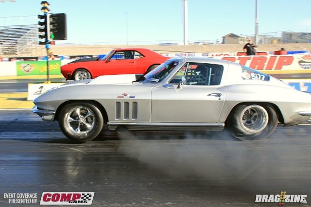David Hildebrand got the round win over Jeff Bomyea in round one of Magnafuel XDR with his stunningly beautiful 65 Corvette.