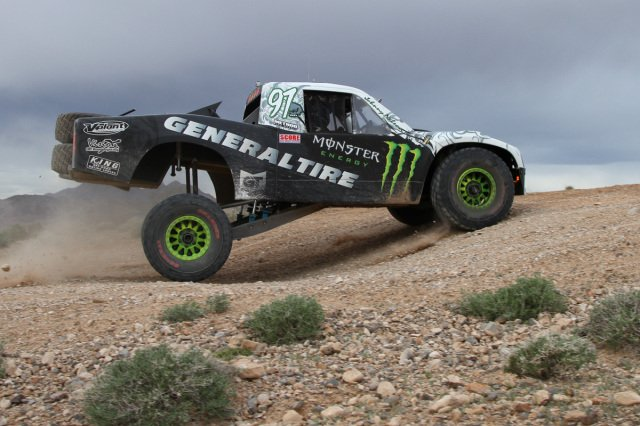 15-Mikes Race Photo Trophy Truck Travel
