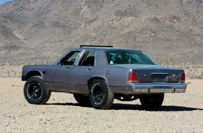 Swap Insanity A Kibbetech Built Mad Max Crown Victoria With An Lq9 Off Road Xtreme