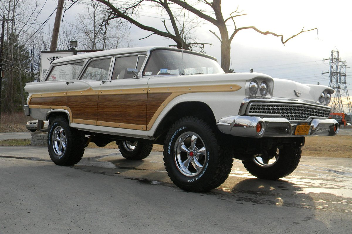 Ebay Find This Lifted X Ford Station Wagon Takes No Prisoners Off Road Xtreme