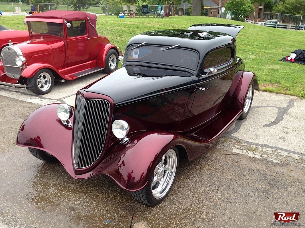 Getting faded with a 1933 ford 3 window coupe from nsra mid america rod authority