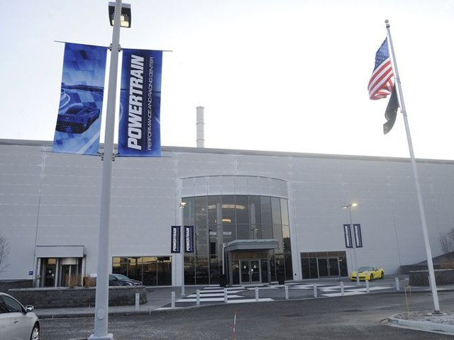 GM Expands Powertrain Plant 04