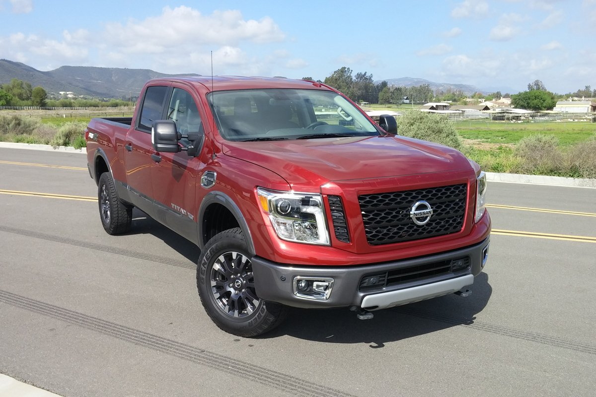 2016 nissan titan xd pro 4x review. Black Bedroom Furniture Sets. Home Design Ideas
