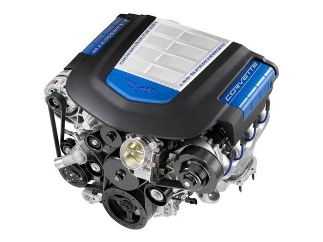 3_ls9-62l-supercharged-corvette-zr1-engine
