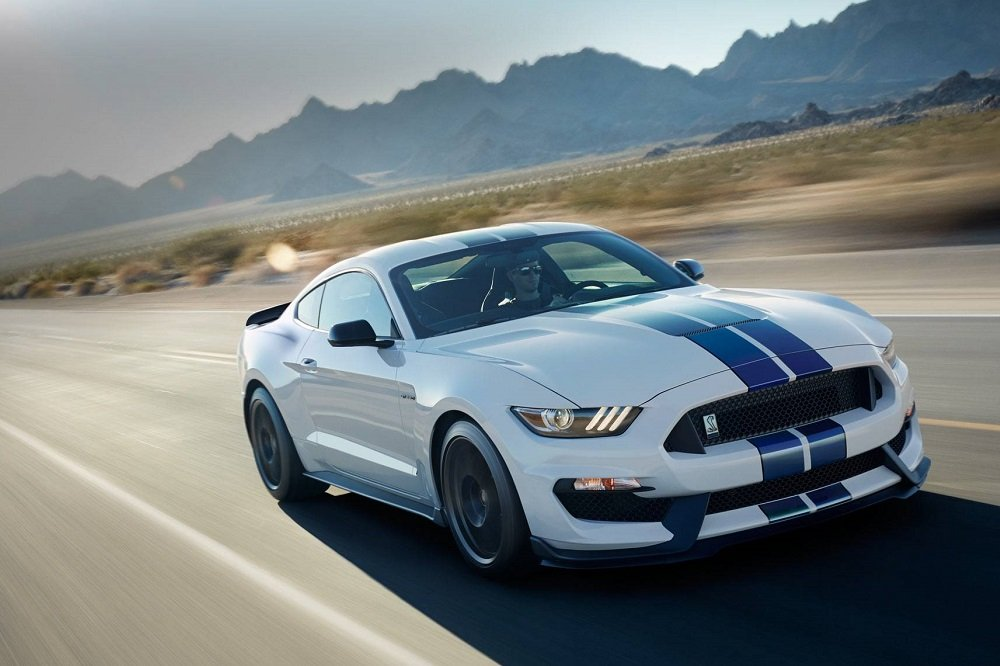 Last Week Mustang Fans Woke Up The Rumors That 2017 Shelby Gt500 Could Be Making A Reveal As Soon Next Month At North American International