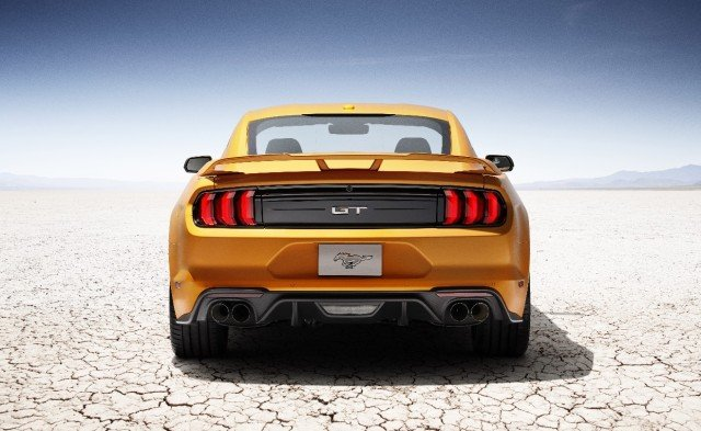 Refreshing the backside of the 2018 are new LED taillights, a new bumper and an optional spoiler. EcoBoost 'Stangs have dual exhaust tips, while Mustang GTs now rock GT350-style quad-tip exhausts. And, yes, an active exhaust is optional for those that like to adjust the exhaust sound for the situation.