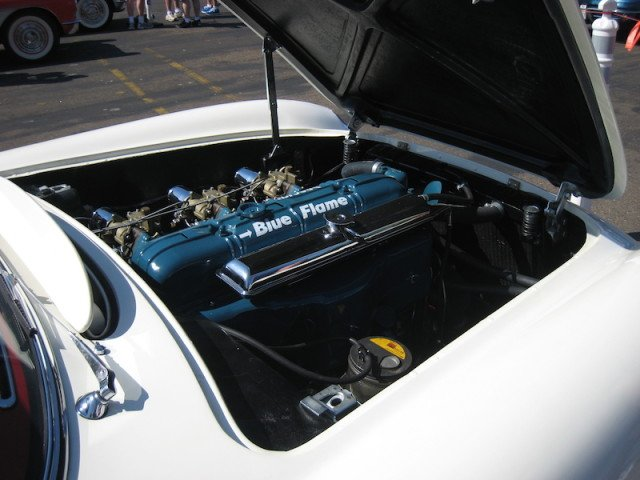 Corvette_1953_Blue_Flame_in-line_6_Engine