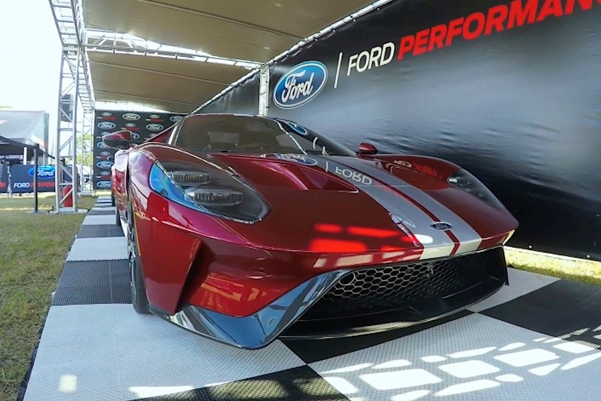 Displayed In Crystal Clear High Definition For Our Viewing Pleasure Lies What We Can Only Assume Is A Pre Production  Ford Gt Finished In Fords Liquid