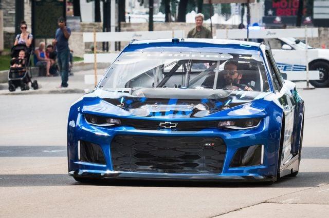 Chevy Unveils Camaro Nascar Race Car