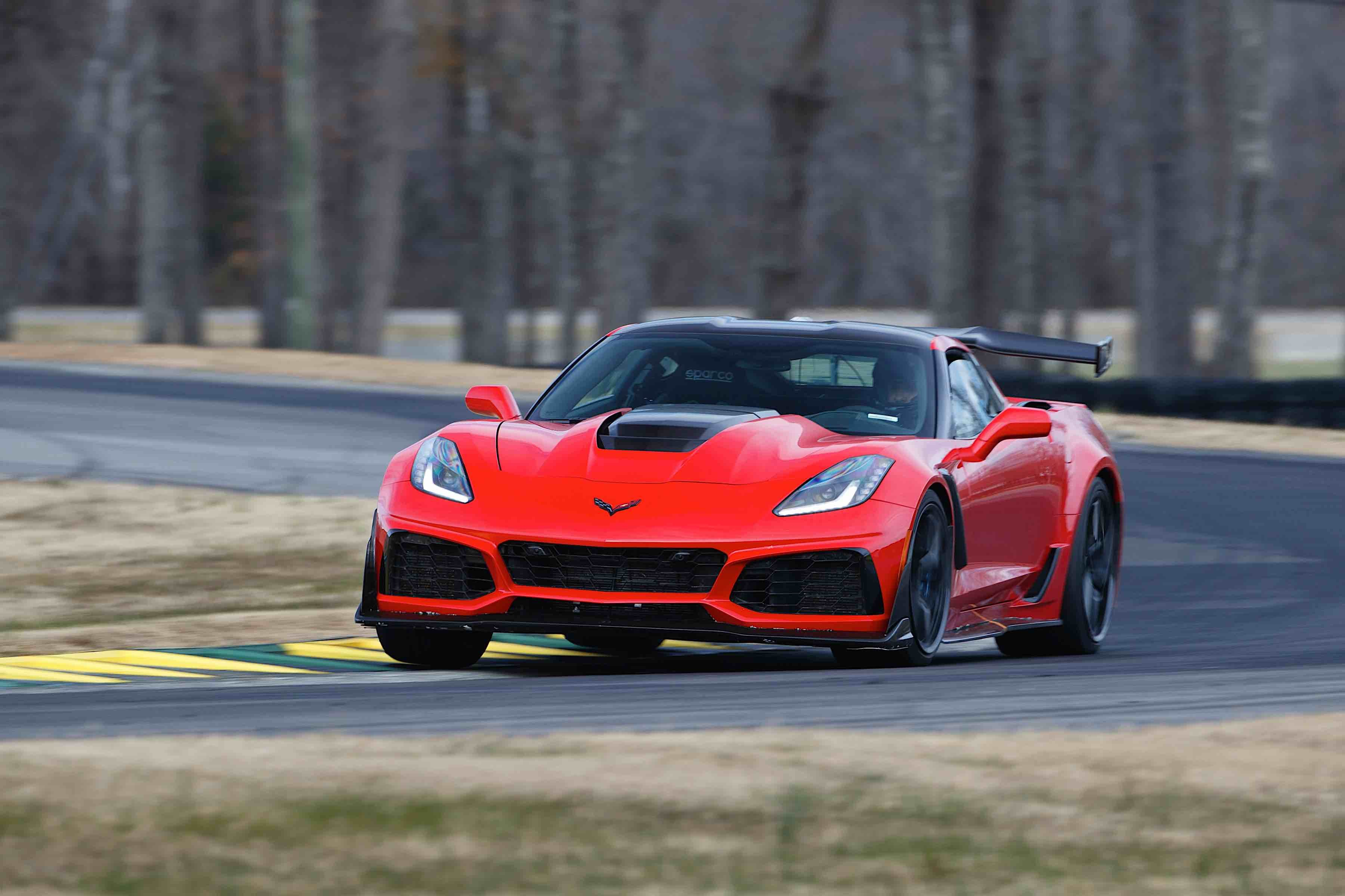 2019 Corvette ZR1 Becomes Fastest Production Car Ever At VIR