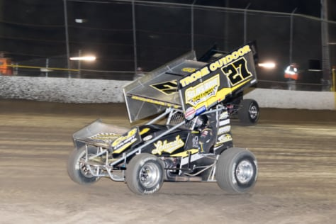 photo-gallery-woo-sprint-cars-volusia-february-10-2018-2018-02-15_21-11-38_110643