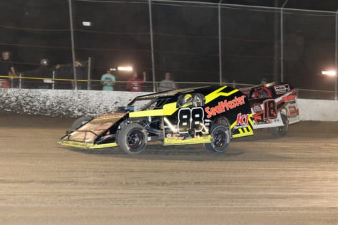 photo-gallery-woo-sprint-cars-volusia-february-10-2018-2018-02-15_21-19-50_390232