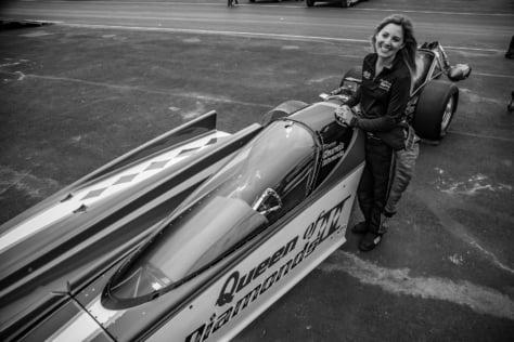 qa-queen-diamond-ii-jet-car-pilot-sarah-edwards-2018-02-01_17-32-29_173751