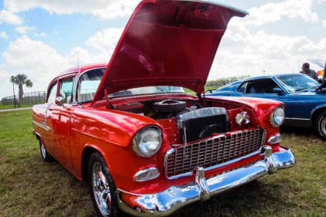 2018-winter-autofest-hosts-swap-meet-auction-and-eddie-munster-2018-03-06_18-45-10_575039