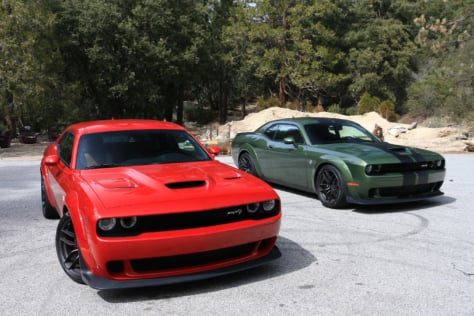 at-speed-with-the-challenger-srt-hellcat-widebody-and-durango-srt-2018-03-16_18-28-53_409290