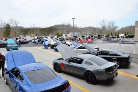 ponies-in-the-smokies-brings-out-700-mustangs-despite-snow-rain-2018-03-29_02-38-58_536995