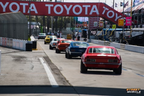 blast-from-the-past-muscle-cars-invade-streets-of-long-beach-2018-04-20_18-50-33_261353