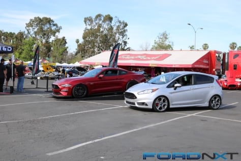 fabulous-fords-forever-brings-largest-display-to-knotts-berry-farm-2018-04-27_16-17-31_218655