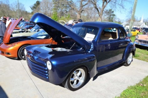 local-church-car-show-draws-strong-blue-oval-turnout-2018-04-06_02-16-51_243586