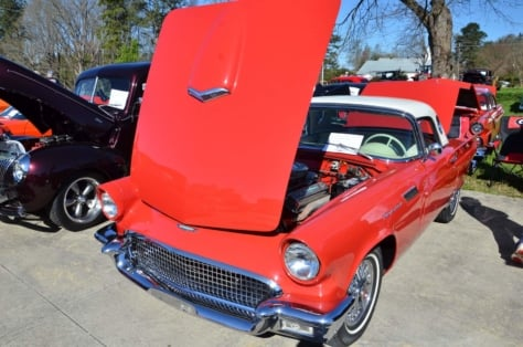 local-church-car-show-draws-strong-blue-oval-turnout-2018-04-06_02-17-29_406760