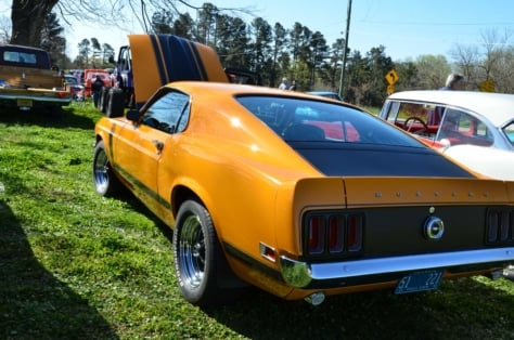 local-church-car-show-draws-strong-blue-oval-turnout-2018-04-06_02-30-36_002993