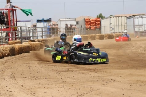 dirt-track-kart-racing-we-visit-the-socal-oval-karters-2018-06-27_16-46-25_876817