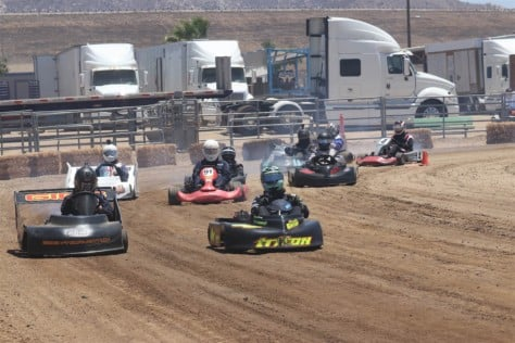 dirt-track-kart-racing-we-visit-the-socal-oval-karters-2018-06-27_16-49-55_772450