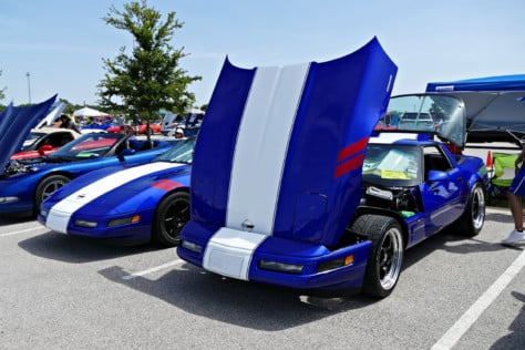 corvette-invasion-2018-a-texas-tradition-of-music-a-car-show-and-track-time-2018-07-25_17-07-52_416241