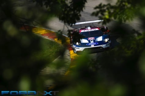 ford-gt-reels-in-its-fourth-imsa-victory-in-a-row-at-road-america-2018-08-06_02-31-12_801962