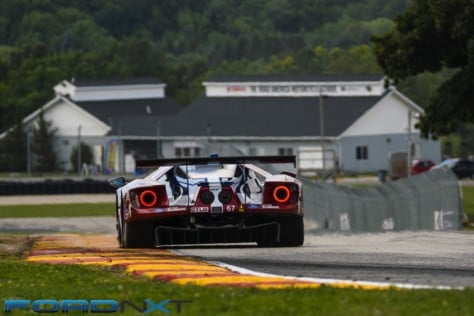 ford-gt-reels-in-its-fourth-imsa-victory-in-a-row-at-road-america-2018-08-06_02-42-07_512323
