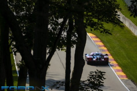 ford-gt-reels-in-its-fourth-imsa-victory-in-a-row-at-road-america-2018-08-06_02-42-49_504549