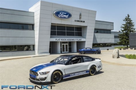 mustang-is-dressed-for-success-in-nascar-cup-series-racing-next-year-2018-08-09_17-04-57_847635