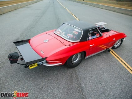 the-bad-bull-shannon-pooles-1964-corvette-red-bull-2018-08-23_11-45-03_842742