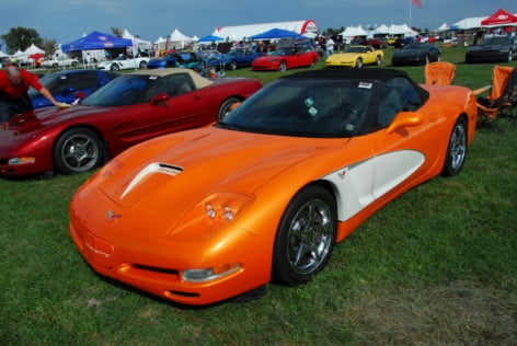 happy-anniversary-at-mid-americas-25th-annual-corvette-funfest-2018-09-27_23-48-03_327676