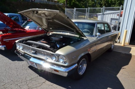 local-cruise-night-draws-some-killer-fords-2018-09-30_16-21-14_387849