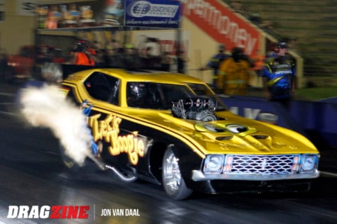 funny-cars-and-pro-mods-the-sydney-dragways-mega-race-2019-04-09_20-44-51_698296