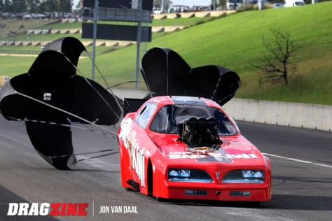 funny-cars-and-pro-mods-the-sydney-dragways-mega-race-2019-04-10_16-50-02_008736
