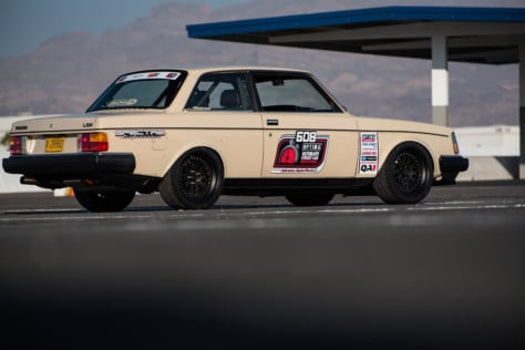 meet-sean-fogli-and-his-ls-swaped-1983-volvo-240-2019-12-06_19-10-48_307847