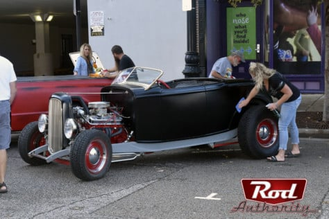 show-stopping-street-rods-at-the-2019-route-66-mother-road-festival-2019-12-26_16-52-55_133527
