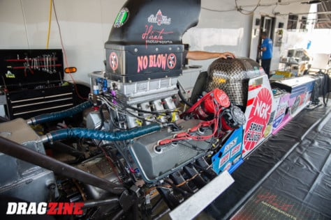 behind-the-scenes-what-it-takes-to-race-an-afuel-dragster-2021-01-22_13-38-35_423799