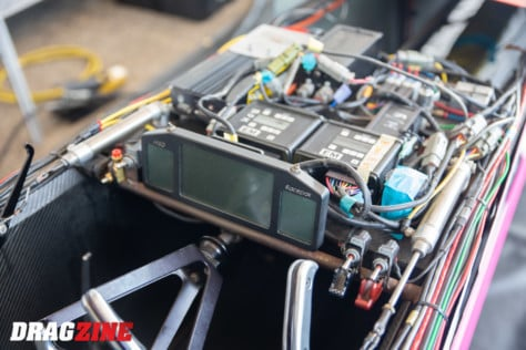 behind-the-scenes-what-it-takes-to-race-an-afuel-dragster-2021-01-22_13-39-06_283410