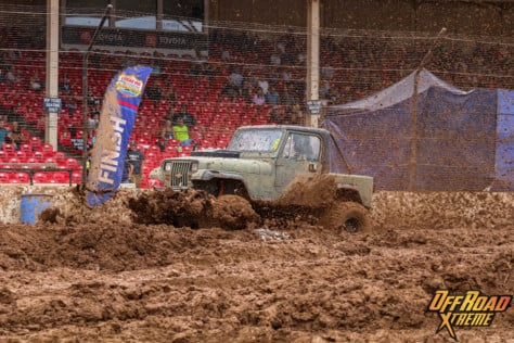 bloomsburg-4-wheel-jamboree-fueled-by-hundreds-of-truck-enthusiast-2021-07-30_13-26-44_741019
