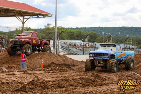 bloomsburg-4-wheel-jamboree-fueled-by-hundreds-of-truck-enthusiast-2021-07-30_13-26-55_955604