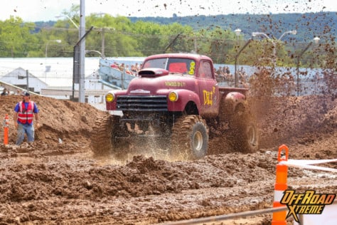 bloomsburg-4-wheel-jamboree-fueled-by-hundreds-of-truck-enthusiast-2021-07-30_13-27-26_115012