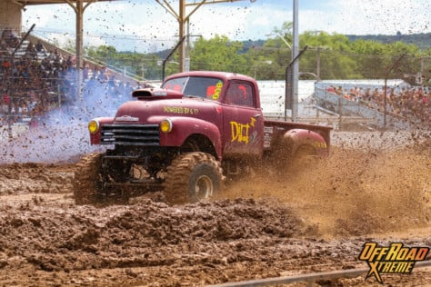 bloomsburg-4-wheel-jamboree-fueled-by-hundreds-of-truck-enthusiast-2021-07-30_13-27-32_682994